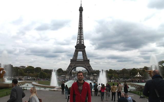 zaid at eiffel tower