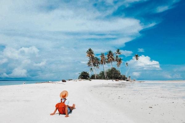 Pulau Manimbora 2