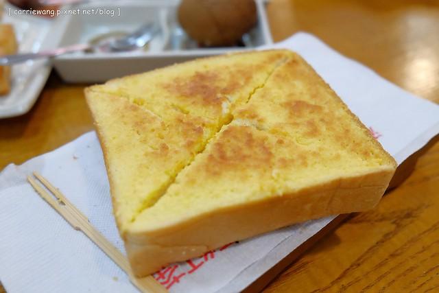 19579670244 20fb7157c0 z - 【台中北區】雙江茶行。回憶我的少女時代,復古式的老茶坊,紅茶風味絕佳,茶點也很推薦