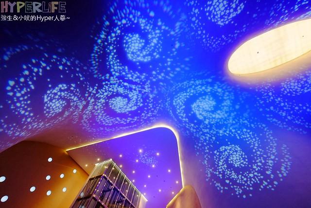 台中歌劇院聖誕燈光秀 (26)