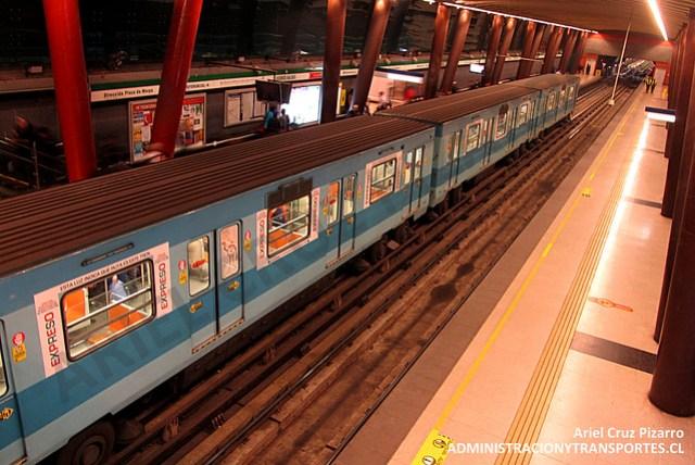 Metro de Santiago - Alsthom NS74 P3044 - Vicente Valdés (L5)