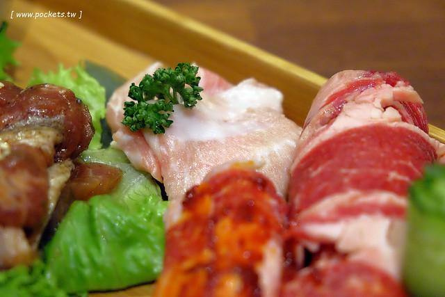 31525101761 5e3b8bbe9e z - 滋滋咕嚕쩝쩝꿀꺽韓式烤肉專門店:藝人納豆開的韓式烤肉店(已歇業