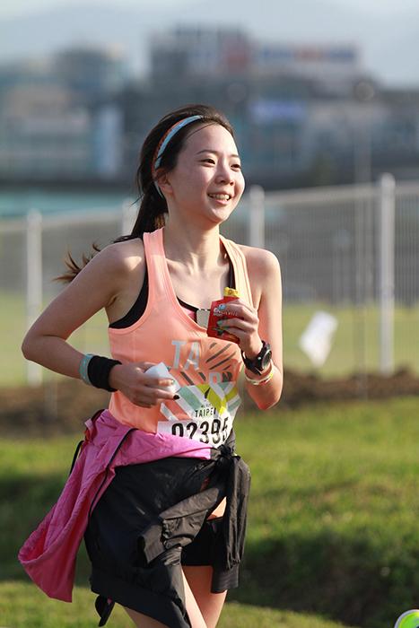 2015.6.22 | 跑腿小妞| 那一年我昏倒的 2015 NIKE #WERUNTPE 女生半馬 女子 WE RUN TPE Taipei 賽事 12