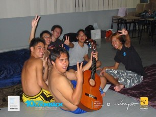 05062003 - FOC.Trial.Camp.0304.Dae.1 - In.Romans'.&.ViKings'.Guys.Room.#03-19.. Chillin Out The Nite..