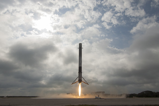 Falcon 9 first stage lands on LZ-1