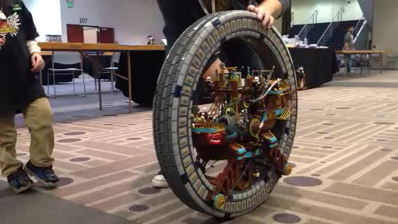 Steampunk Megawheel Rolling