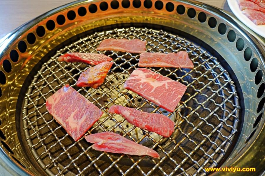 [台中·美食]屋馬燒肉~超高人氣的燒肉店、肉質好吃過就難忘、環境寬敞舒適 @VIVIYU小世界