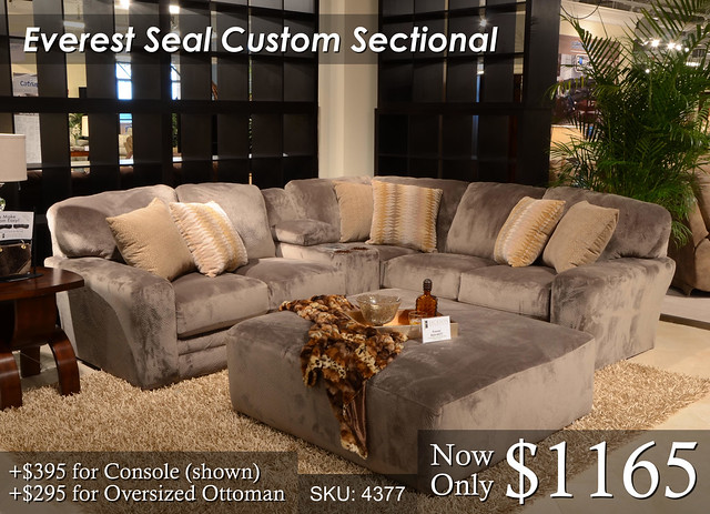 Everest Seal Sectional