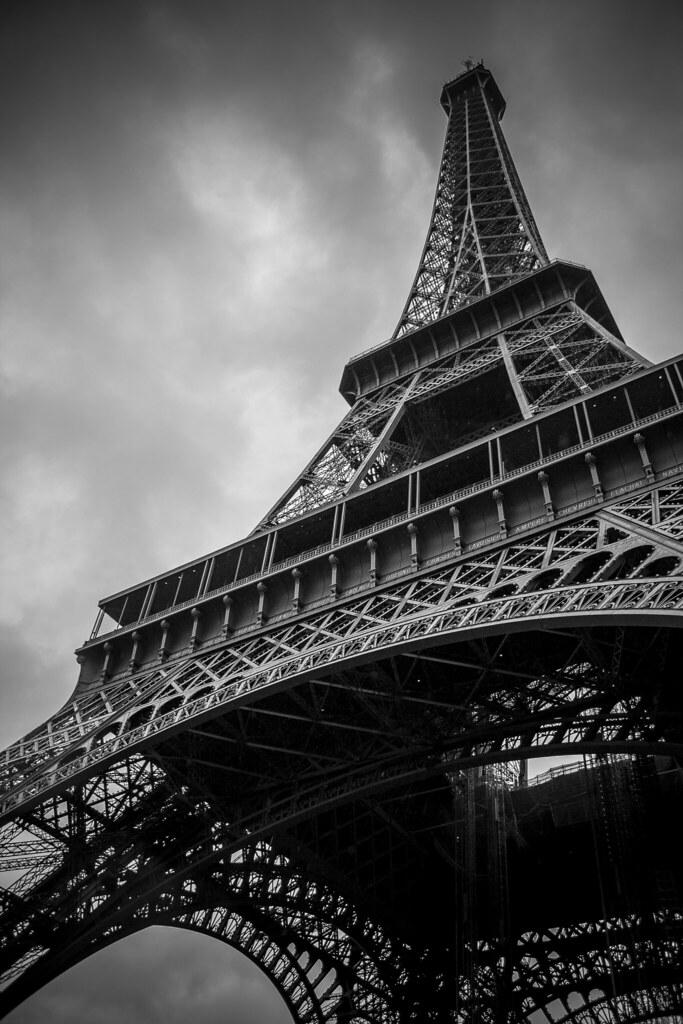 Imagen gratis de la Torre Eiffel en blanco y negro