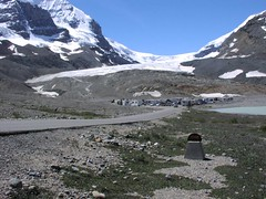 Athabasca Glacier / Glacial view / Canada