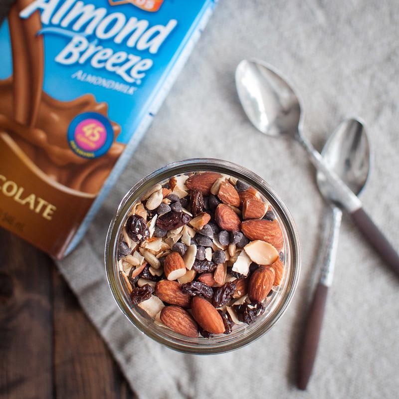 3 ingredient vegan chocolate trail mix smoothie recipe