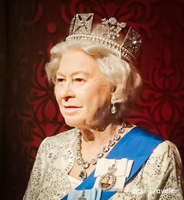 Queen Elizabeth Wax Statue