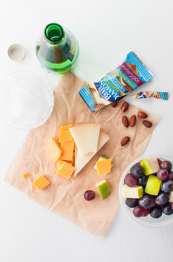 10 ideas for healthy vegetarian travel snacks | #flavoryouradventure
