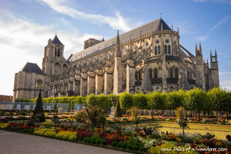 BOURGES