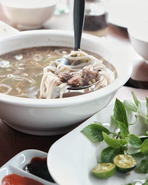 Pho Bo at Rau Ram Cafe