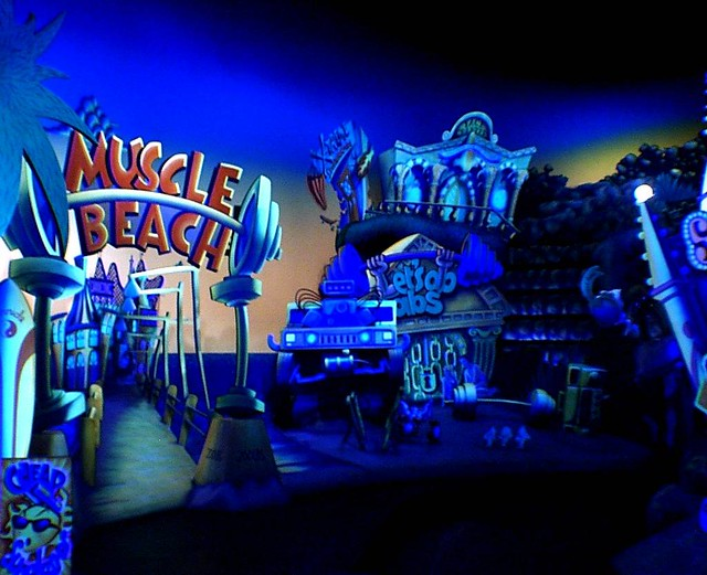 Superstar Limo: Muscle Beach at Disney's California Adventure