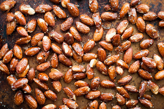 4-Ingredient truffle salt and pepper honey roasted almonds recipe