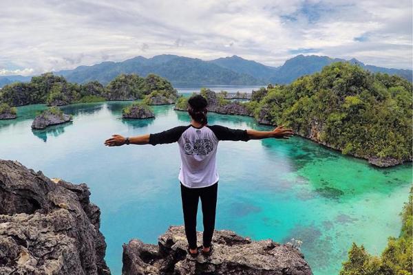 Pulau Kayangan 1