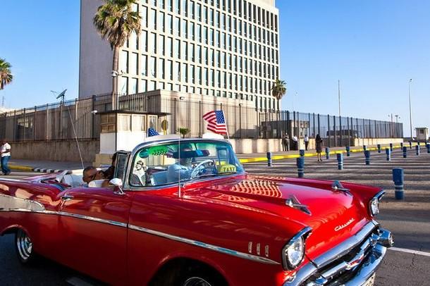 Primer acuerdo entre bancos de EU y Cuba