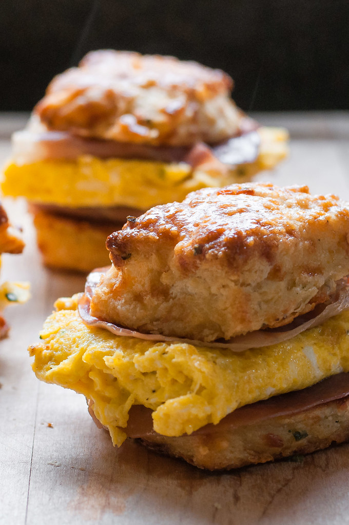 Garlic cheddar biscuit breakfast sandwich - for next brunch party