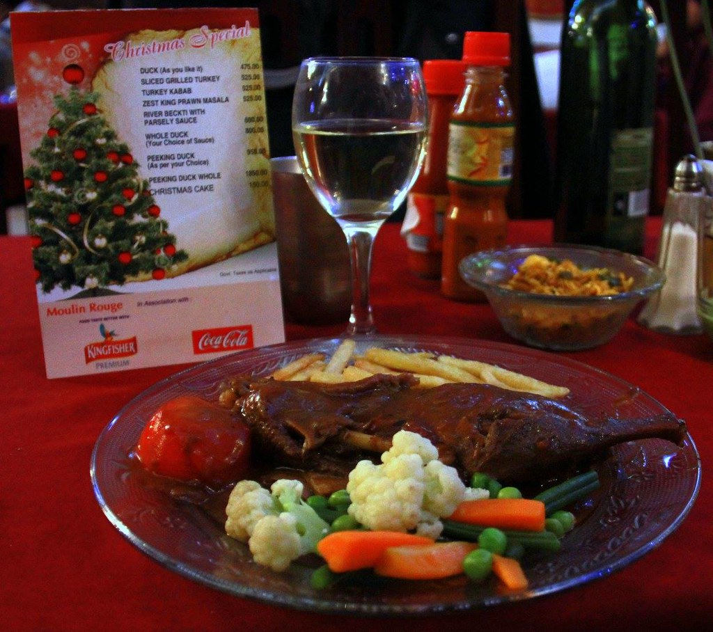 Christmas dishes are found at Kolkata restaurants