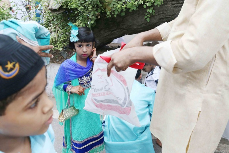 City Faith - Spotting Muslim Women, Eid al-Fitr, Turkman Gate