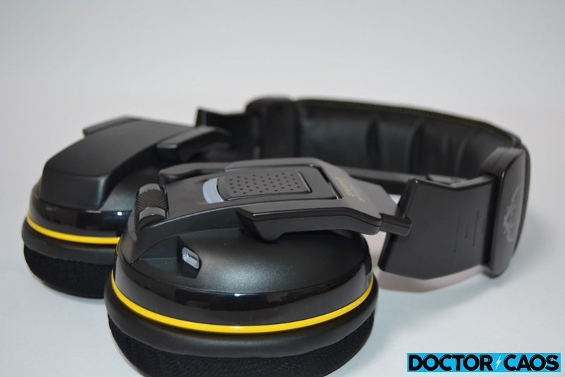 Corsair Gaming H2100 Wireless (2)