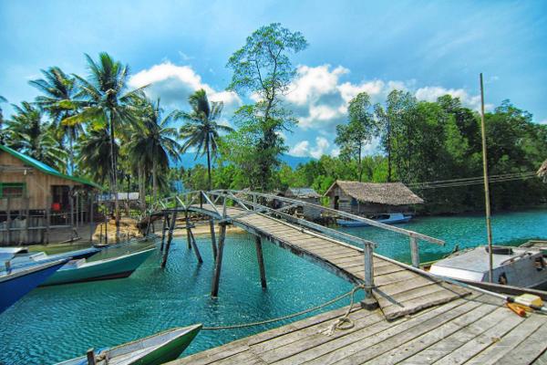 Jembatan Teluk Sumbang