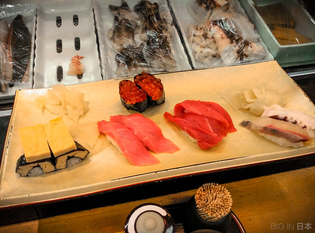 Sushi breakfast after Tsujiki Market, Tokyo