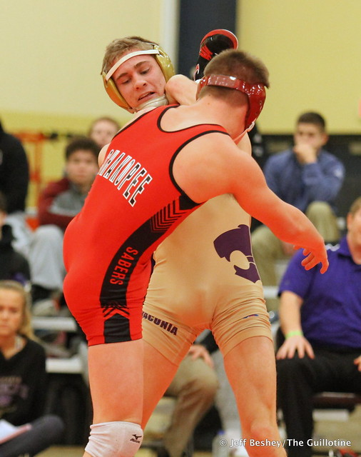 126 3rd Place Match - Carson Manville (Shakopee) 13-1 won by major decision over Garrett Vos (Waconia) 8-2 (MD 10-2)