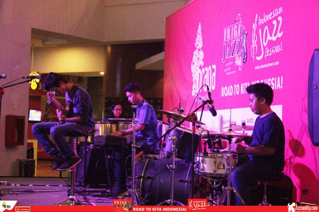 Road to IndonesianJazzFestival2015-West Funk Rhythm (3)