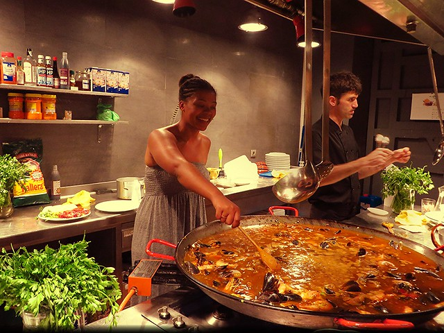 paella class in barcelona, things to do in barcelona, reasons to visit barcelona