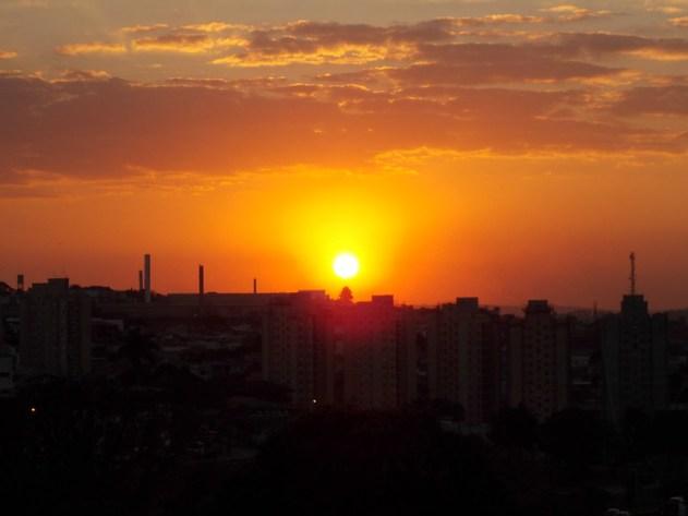 Outro pôr do Sol em Jundiaí