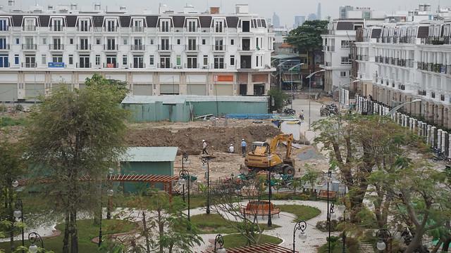 Trường mẫu giáo đang sang lắp mặt bằng. Qua 2017 đi vào xây dựng