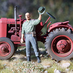 Case VAI tractor with figure 1/35 The figure says Yaaarp!