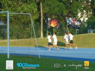 19062003 - FOC.Official.Camp.2003.Dae.4 - Persianz.Saein.Our.Last.GdByes - Flag Runners Of Diff Divisons.. Pic 1