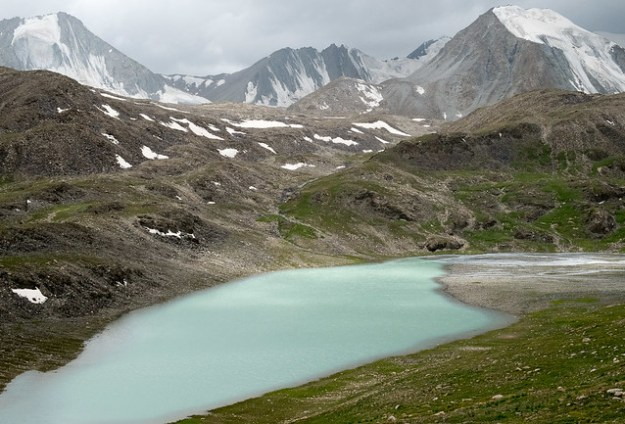 Besh Kol lakes