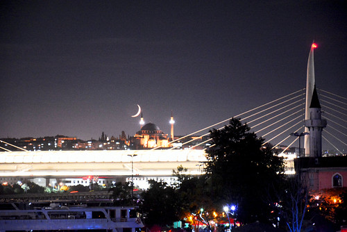 イスラムの月