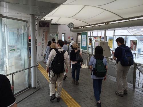 安堂駅を出発〜〜!