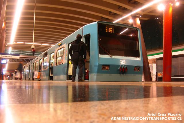 Metro de Santiago - Alsthom NS74 P3009 - Vicente Valdés (L5)