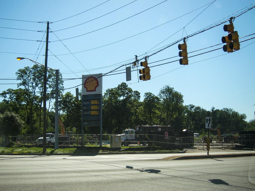 Former Shell station