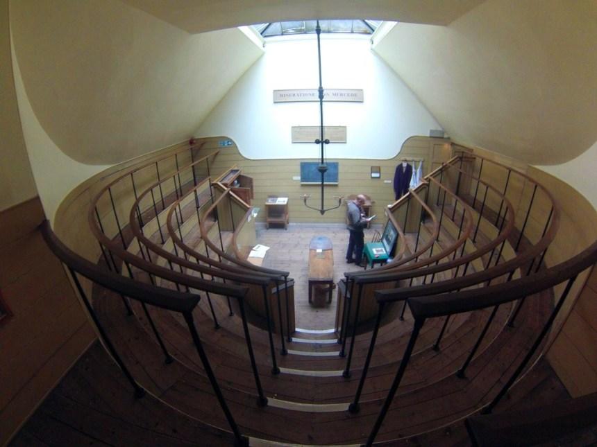 Interior del Herbolario y antiguo quirófano de la Torre de St. Thomas El antiguo quirófano escondido de Londres El antiguo quirófano escondido de Londres 20280790708 cdd774667e o