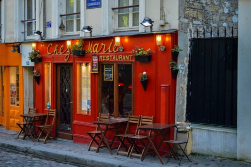 a little cafe in Paris