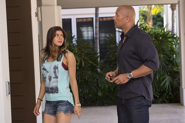 alexandra-daddario-carla-gugino-san-andreas-movie-photos_2
