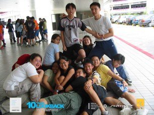 16062003 - FOC.Official.Camp.2003.Dae.1 - Persianz.Playin.IceBreakers - Pic 15