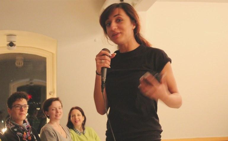 Stand up - Emine Karakaya