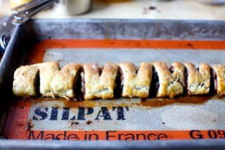 notched pull-apart rugelach log