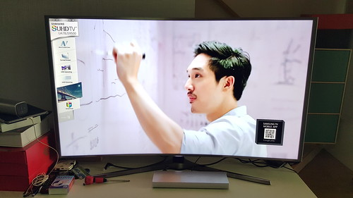 จอความคมชัดสูงระดับ SUHD TV ทำเองความละเอียดระดับ HD ดูไม่ค่อยชัดไปเลย ต้องซัก 1080