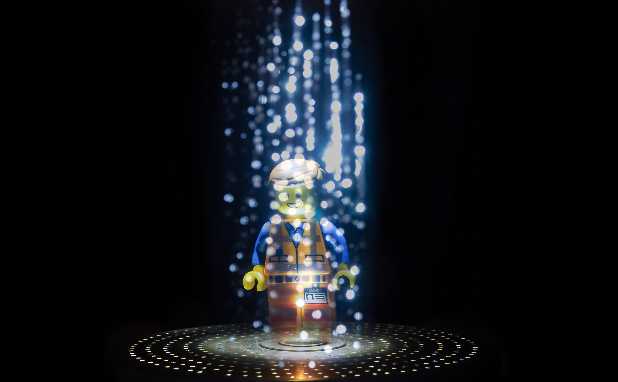 Quantum teleportation near zero latency