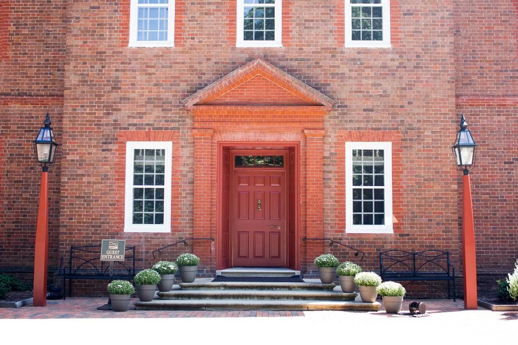 mt-cuba-gardens-delaware-guest-entrance